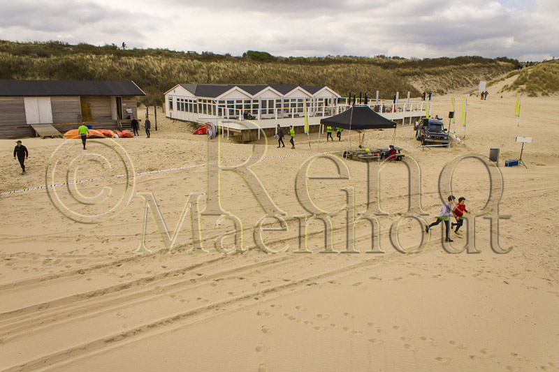 Luchtfoto Cadzand-Bad Moio survivalrun 2013